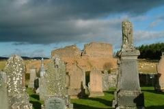 castle-roy-over-grave-stones